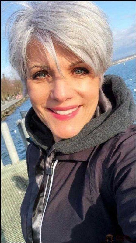 Kurzhaarfrisuren trend 2021 für damen ab 50